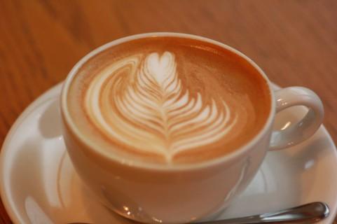 カフェラテ、カフェオレ、カプチーノ、カフェマキアート違いってなぁに?