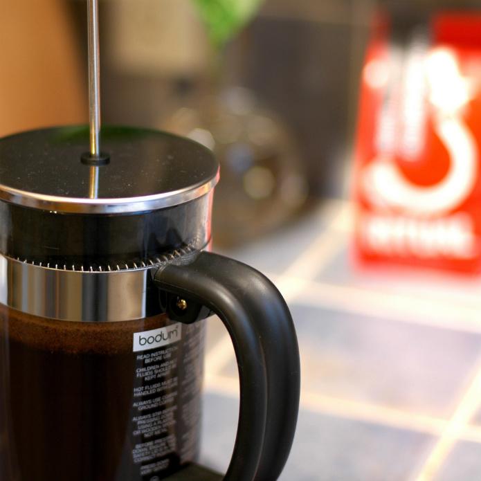 フレンチプレス(コーヒープレス)で一味違ったコーヒーはいかが?