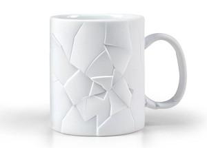 割れてるようなデザインの割れていないマグカップ000