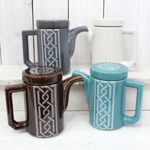 波佐見焼の陶磁器ティーポット 茶こしも付いてます005