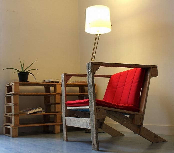 イス・カウチ・ソファ・ベンチだってDIY!かわいいインテリアを木製パレットで作っちゃおう
