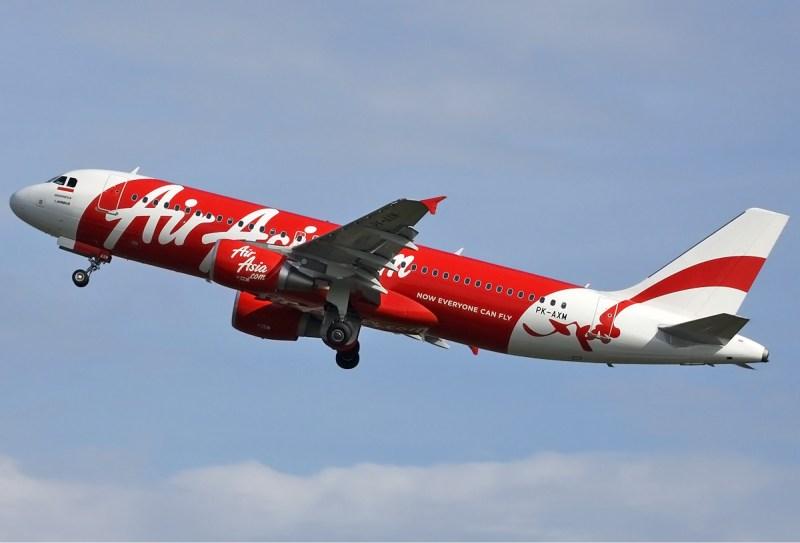 Indonesia_AirAsia_Airbus_A320_Spijkers-2