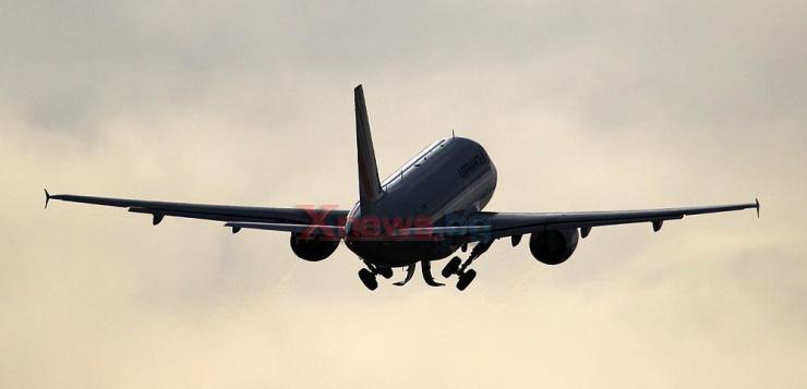 airplane 030418 19766