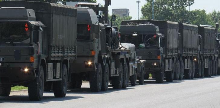 Колона с военна техника влиза от Гърция в Хасковско