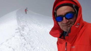 Илия Илиев покори връх Монблан за 12 часа
