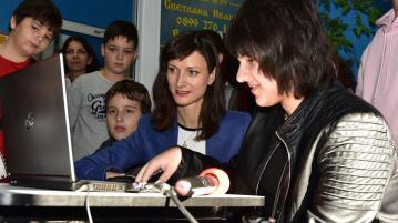 Комисар Мария Габриел в Хасково: Новите технологии означават нови възможности за модерно образование