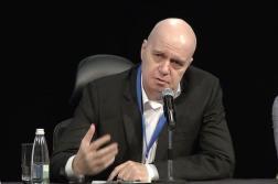 """Слави Трифонов оглави новата партия """"Има такъв народ"""" (ВИДЕО)"""
