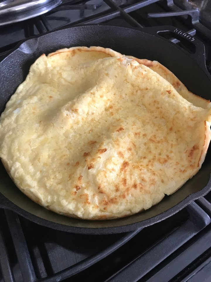 Puff pancake right out of the oven.