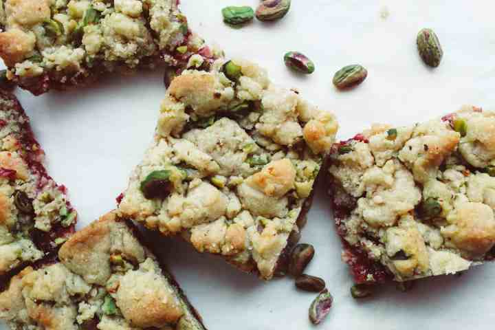 raspberry pistachio butter bars