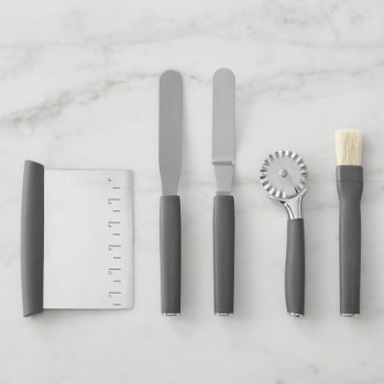 Williams Sonoma Ultimate Pastry Tool Set. Holiday Gift Guide 2017: for the home baker. It can be so difficult to shop for a home baker and I don't know where to start. But this guide is perfect! These tools and gift ideas are amazing! I love the cute necklace to the stand mixer gifts! They all work for someone who loves to bake! Saving for later!