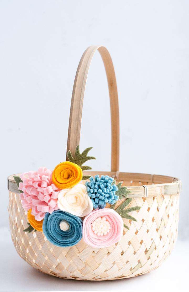 diy-felt-flower-easter-basket-hero-3 - XO, Katie Rosario