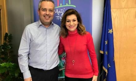 Νανά Παπαδογεωργάκη Nana Papadogeorgaki στην παράταξή Αποστολόπουλου