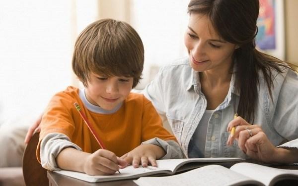 Διάλεξη από τον Νίκο Σιδέρη με θέμα «Σχολείο – Παιδί – Οικογένεια: Το τρίγωνο των Βερμούδων;»