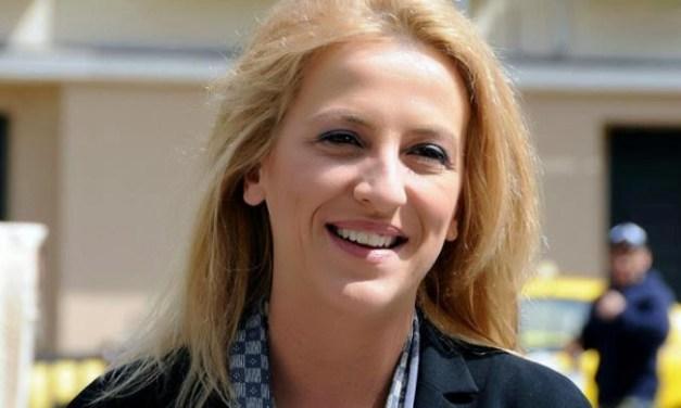 Ρένα Δούρου: Κινδυνεύουμε να βρεθούν στο τιμόνι της Περιφέρειας άνθρωποι τσακωμένοι με την αλήθεια και την πραγματικότητα – Συνέντευξη της Περιφερειάρχη Αττικής στο TheCaller