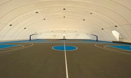 Σε λειτουργία τα δυο γήπεδα Μπάσκετ με το λυόμενο στέγαστρο στο Αθλητικό Κέντρο Χολαργού