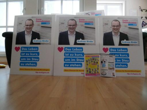 Wahlplakate und Amtsblatt