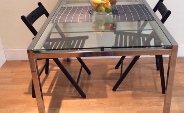 Retiran un modelo de mesa de Ikea por risco de caída