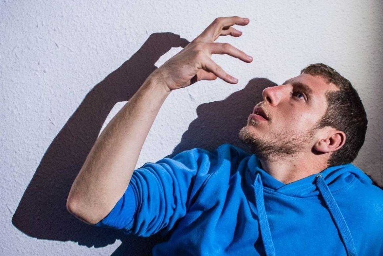 retrato de Óscar, rapero de Castellón de la Plana