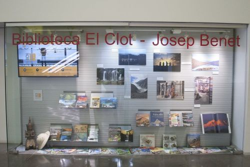 escaparate biblioteca El Clot
