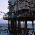 Kelebihan dan Kekurangan Jurutera Petroleum