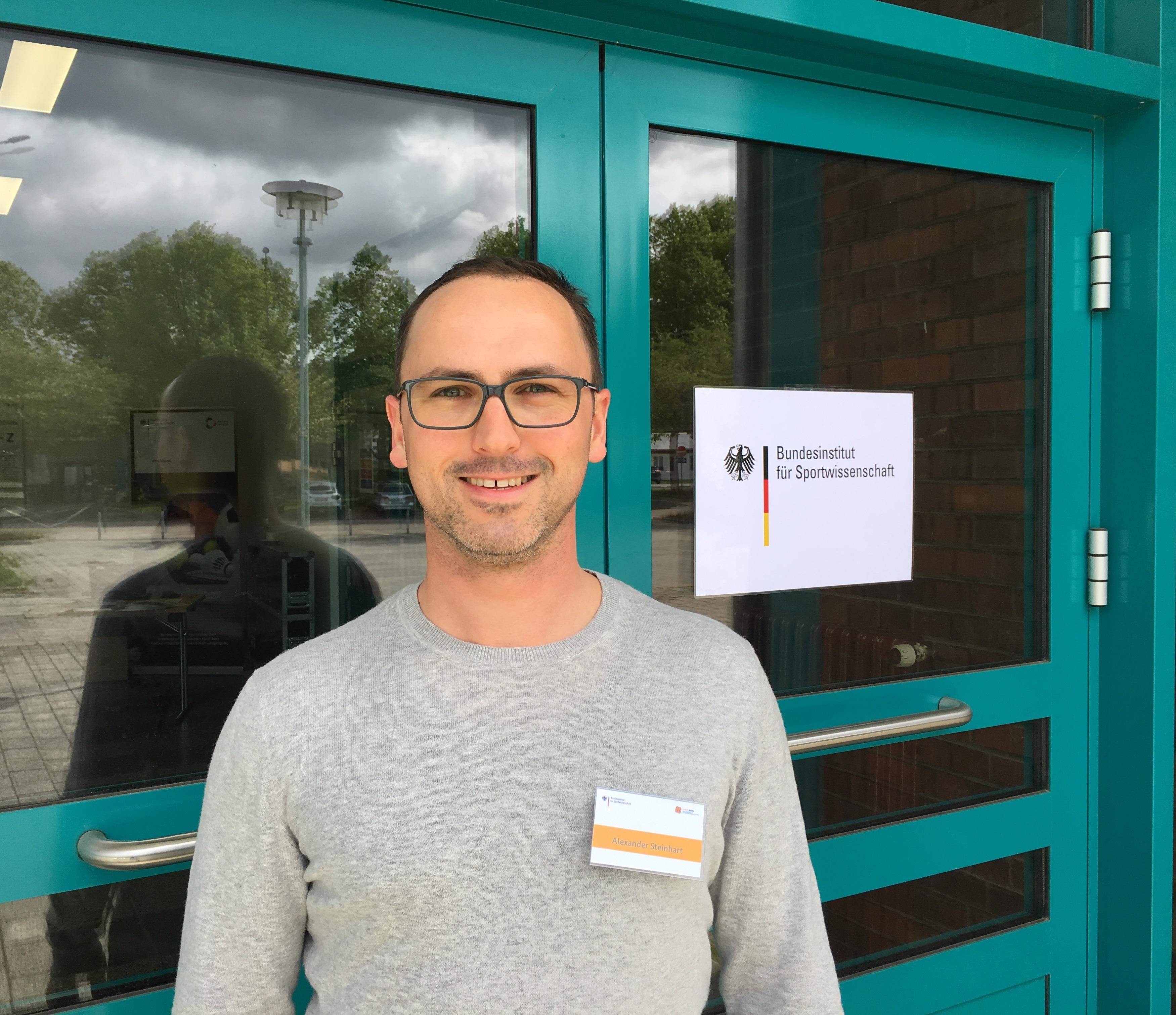 Schwimmtrainer Alexander Steinhart auf Fortbildung beim Bundesinstitut für Sportwissenschaft - Krafttraining im Nachwuchsleistungssport