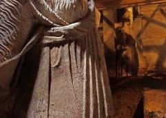 Αποκαλύφθηκαν οι καρυάτιδες και η πύλη στον τρίτο θάλαμο που οδηγεί σε σκάλα…