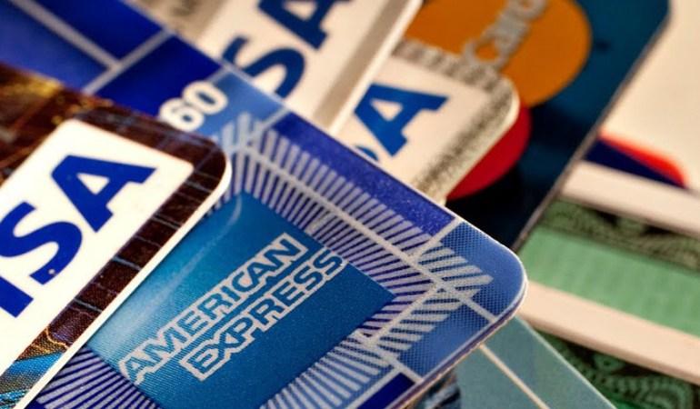 ΚΑΒΑΛΑ: Με κλεμμένη πιστωτική κάρτα πλήρωσε μέσω διαδικτύου τους λογαριασμούς της ΔΕΗ της παρέας του