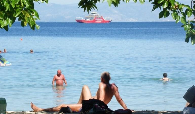 Σε ετοιμότητα η τουριστική βιομηχανία της Ελλάδας λίγες ημέρες πριν από το άνοιγμα στις 15 Μαΐου