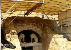 Ταφικό σχίσμα – Ο ΣΥΡΙΖΑ Αμφίπολης κατά της «Αυγής»