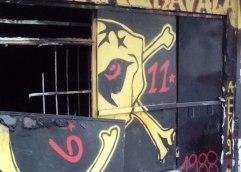 Με εμπρηστική βόμβα έκαψαν τα γραφεία του συνδέσμου της ΑΕΚ στην Καβάλα
