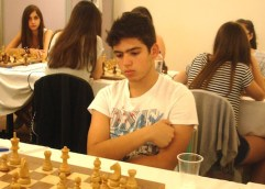 Οκτώ παιδιά από την Καβάλα θα αγωνιστούν στα Πανελλήνια πρωταθλήματα σκακιού Παίδων- Κορασίδων