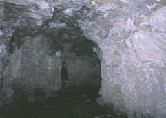 Στοές της Καβάλας, τι κρύβουν! Αποκαλυπτικές φωτογραφίες από το εσωτερικό τους