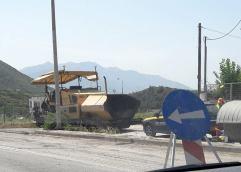 ΑΠΟ ΆΓΙΟ ΣΙΛΑ ΕΩΣ ΤΟΝ ΣΤΑΥΡΟ ΑΜΥΓΔΑΛΕΩΝΑ: Επιτέλους ξεκίνησαν οι εργασίες αποκατάστασης του οδοστρώματος