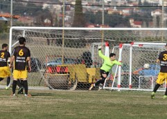 Σε θέση οδηγού για την άνοδο ο Κεραυνός Πέρνης, 4-0 την ΑΕΚ