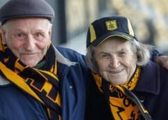 Ποδόσφαιρο- Μια ζωή όλο Αρης! Η 82χρονη οπαδός των κιτρίνων που δεν έχει χάσει αγώνα