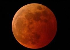 Ολική έκλειψη Σελήνης, η μοναδική ορατή από την Ελλάδα την επόμενη πενταετία, θα συμπέσει τα χαράματα της Δευτέρας 21 Ιανουαρίου με την πρώτη πανσέληνο του 2019 και με Υπερ-Σελήνη