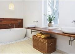 Έτοιμοι για μόνωση ταράτσας και ανακαίνιση μπάνιου