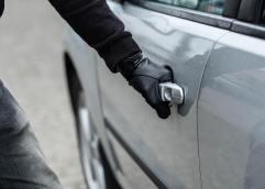ΚΑΒΑΛΑ: Συνελήφθη αλλοδαπός κατηγορούμενος για κλοπή οχήματος, πλαστογραφία και παράβαση του νόμου περί αλλοδαπών