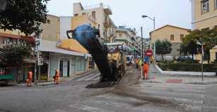 Δήμος Καβάλας: Ξεκίνησαν οι εργασίες ασφαλτόστρωσης επί των οδών Γαλλικής Δημοκρατίας και Ομονοίας…
