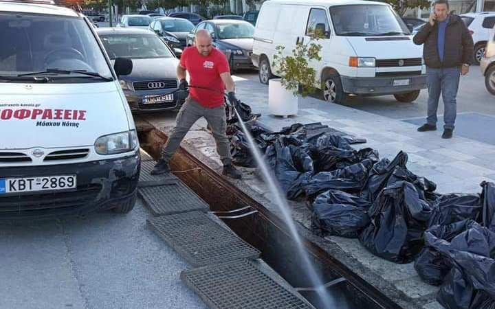 ΔΗΜΟΤΙΚΟ ΛΙΜΕΝΙΚΟ ΤΑΜΕΙΟ:  Καθαρισμός φρεατίων-αγωγών ομβρίων υδάτων στα λιμάνια της Θάσου