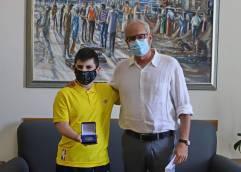 ΔΗΜΟΣ ΚΑΒΑΛΑΣ: Συνάντηση του Δημάρχου Καβάλας, Θόδωρου Μουριάδη, με τον μαθητή του 5ου Γυμνασίου Καβάλας, Ιωάννη Ραφαήλ Κρυονερίτη