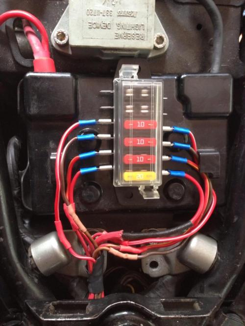 small resolution of show off inside your eletrical boxes yamaha xs650 forum xs650 fuse box
