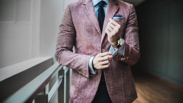 le blazer homme grande taille une pièce tendance pour la rentrée