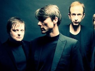 SUEDE TO RELEASE 20TH ANNIVERSARY BOX SET FOR THEIR 'DOG MAN STAR' ALBUM 1