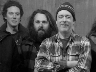 ALBUM REVIEW : BUILT TO SPILL - UNTETHERED MOON