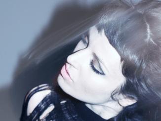 CARINA ROUND - Announces Remix Album - Tigermixes due out on 31 July