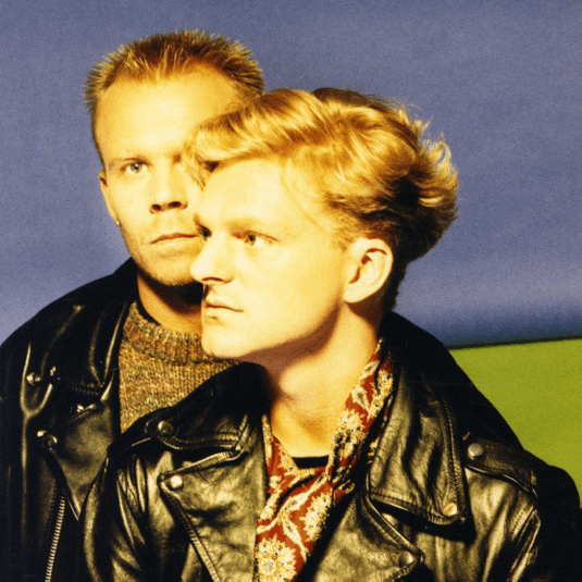 ALBUM REVIEW ERASURE  Alwaysthe very best of Erasure  XS Noize Music Blog  Discover Daily