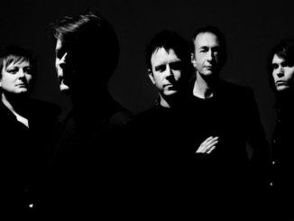 SUEDE - REVEAL VIDEO FOR 'PALE SNOW', Watch