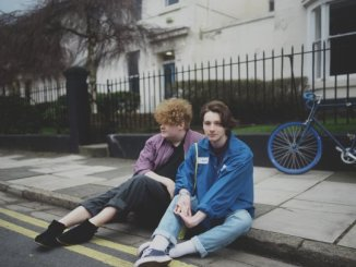 "Liverpool duo HER'S reveal debut single ""DOROTHY"" - Listen"