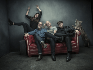 "Pixies Announce New album + World Tour - Listen To First Single, ""Um Chagga Lagga,"""